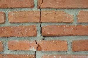 Does your Warrington property need wall ties, picture of a crack in the wall